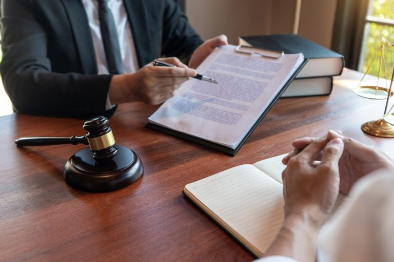 debt collection lawyers in UAE
