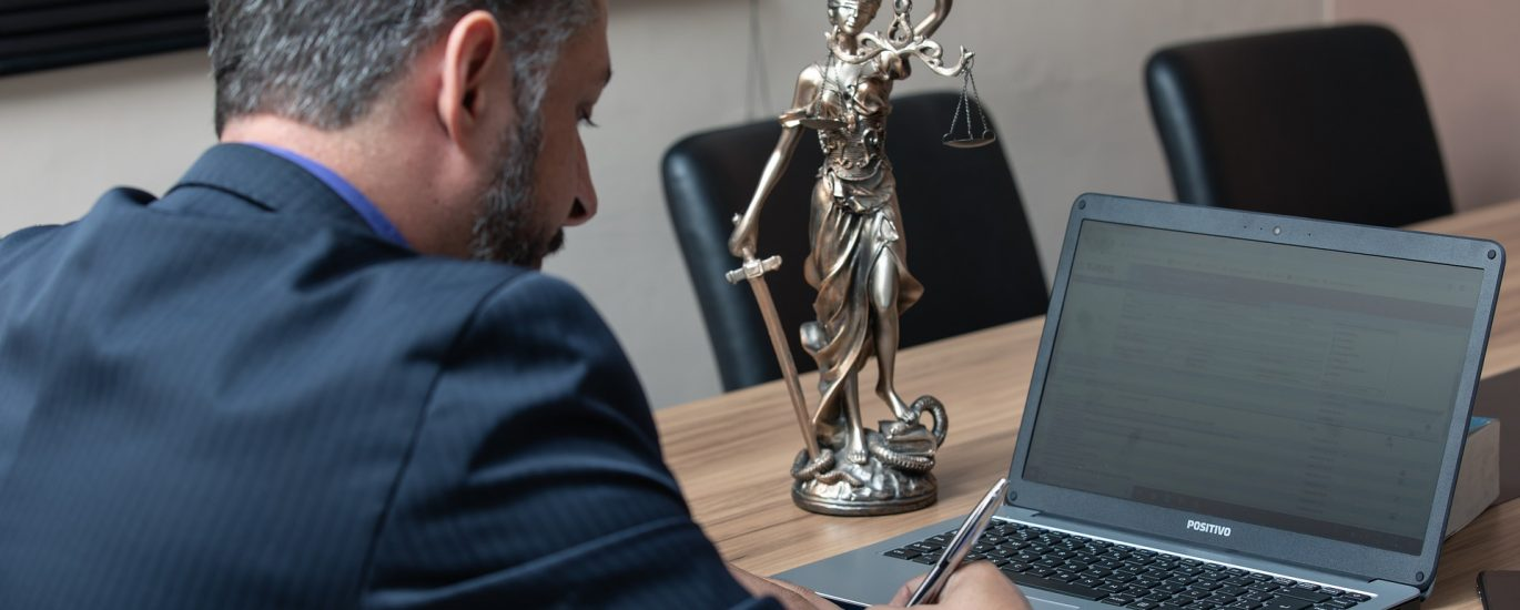 Are you looking for a lawyer in Abu Dhabi? Discover our services now